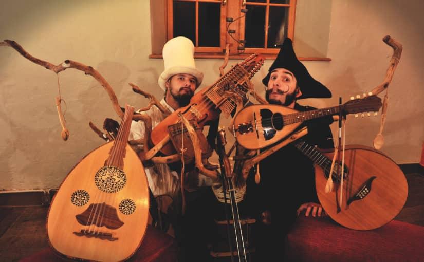 """CONCERT (5+) – """"MUSIQUES BAVARDES"""" – Les Grandes Moustaches"""